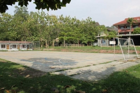 fasilitas-lap-futsal-1_20141201_1787833985